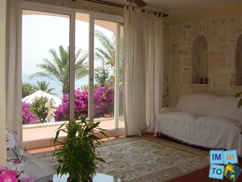 Cette exquise et unique villa de vacances offre le summum en matière de style et de confort
