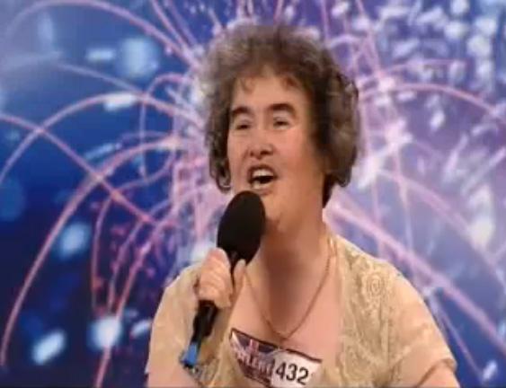 Le vidéo de Susan Boyle, nouvelle chanteuse d'angleterre découverte à «Britain got talent»