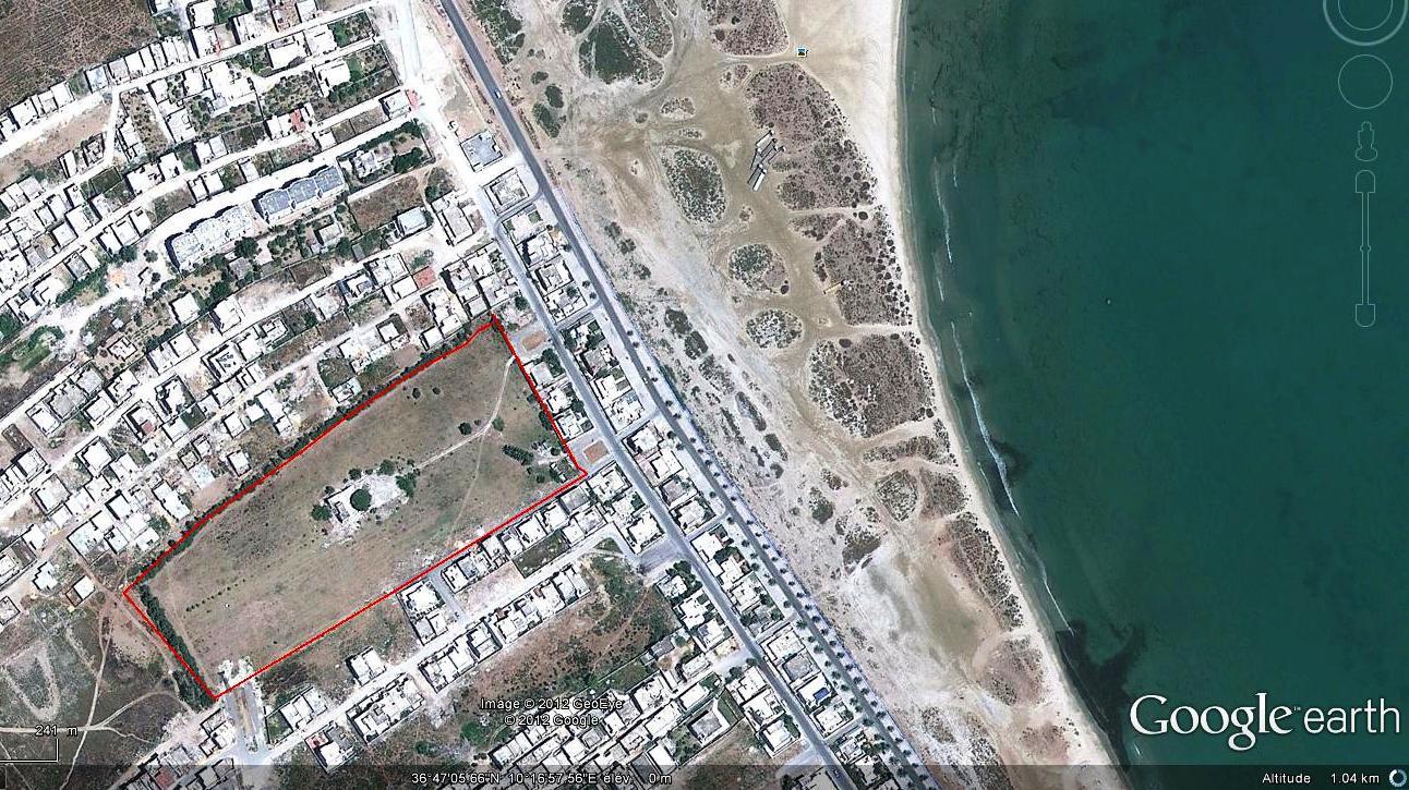 A 5 minutes de Tunis pour projet immobilier terrain de 4 ha en bord de mer