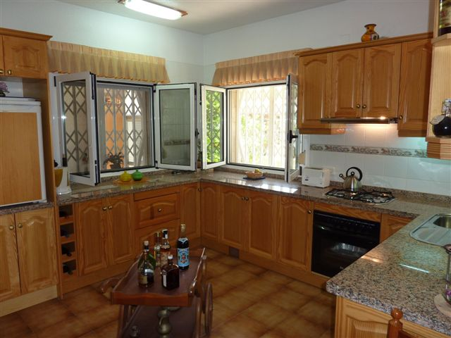 Torrevieja Los Balcones maison villa meublée piscine, terrasse, véranda et jardin privé