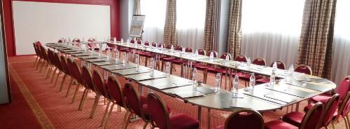 Réserver une salle de réunion à Arles : Hotel Best Western Atrium