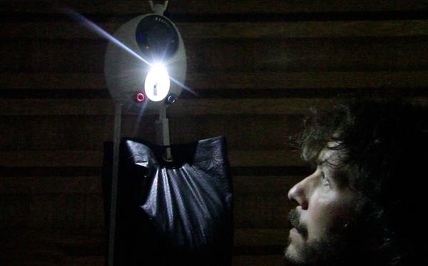 Gravity Light : une lampe alimentée par la gravité au secours de l'Afrique