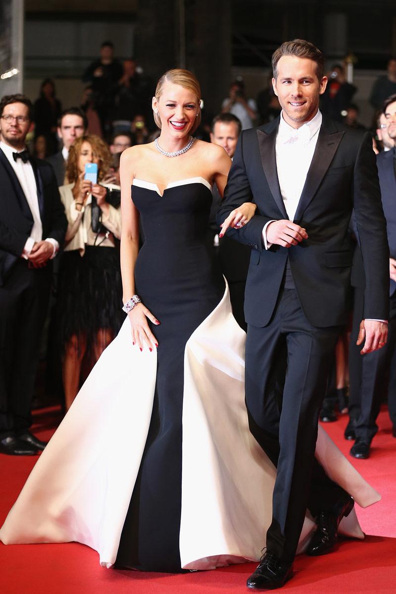 Robe noire et blanche de Blake Lively à Cannes