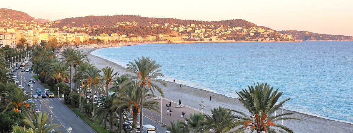 Profitez de la beauté de Nice avec promotions des Nice Pebbles