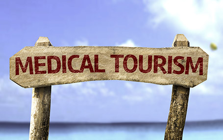 Pourquoi de plus en plus de personnes voyagent à l'étranger pour leur chirurgie plastique ?