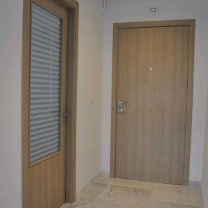 Particuliers et professionnels : comment choisir vos portes ?