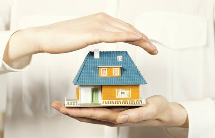 Gardez votre domicile sécurisé pendant que vous êtes loin