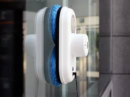 Est-ce pratique un robot lave-vitre ?