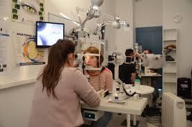 Comment se déroule une VAE dans le domaine de l'optique ?