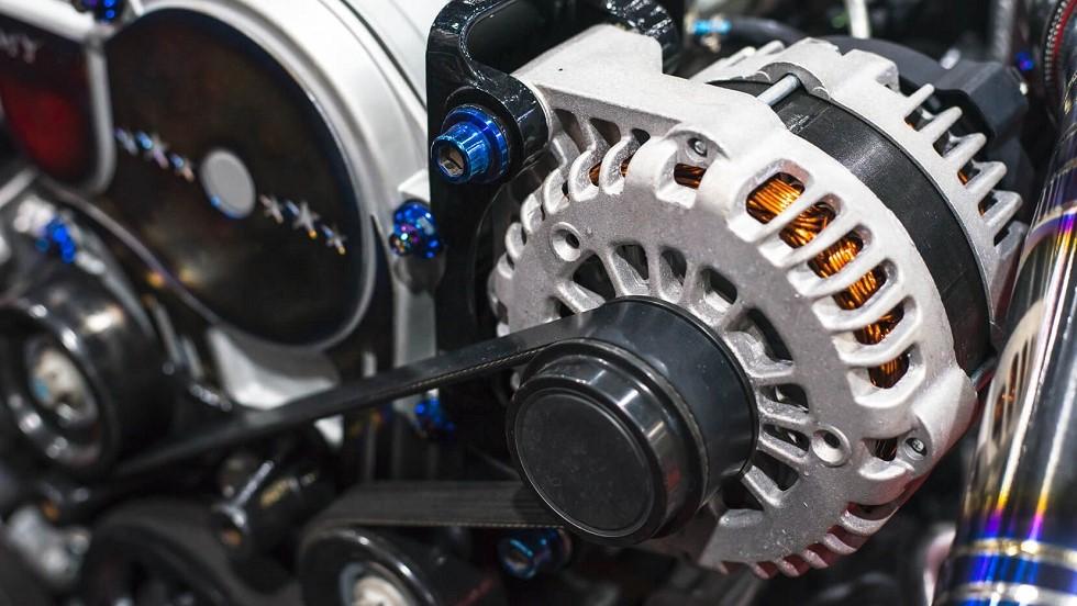 À quoi sert un alternateur de voiture ? et comment fonctionne-t-il ?