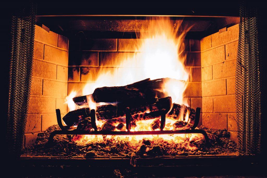 un joli feu de cheminée