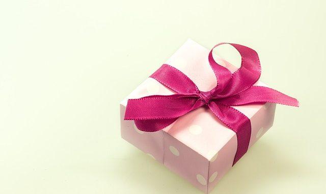 Faites vos paquets cadeaux avec des sacs papier