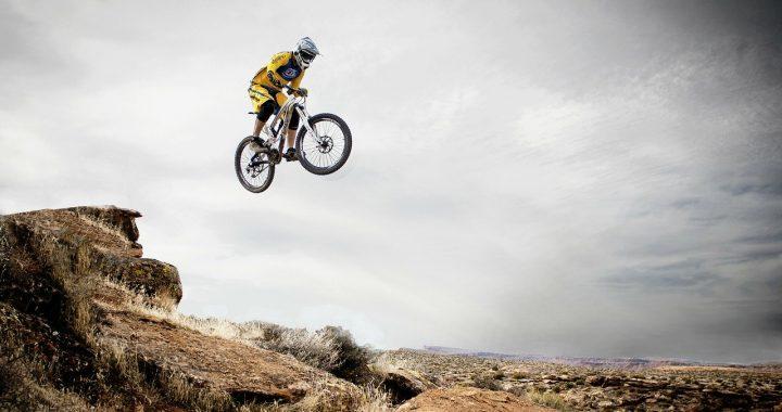 Les accessoires indispensables pour les cyclistes
