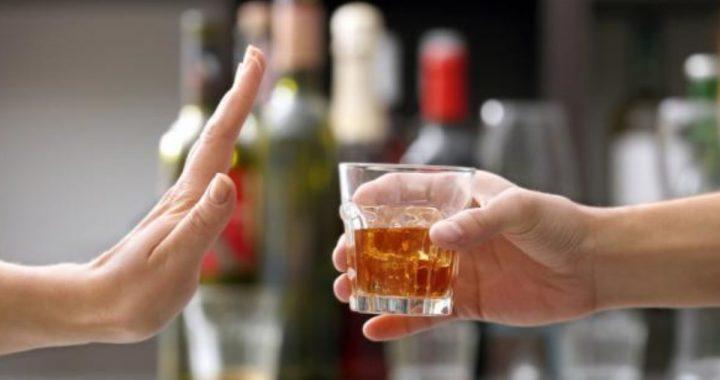 Arrêter de boire l'alcool : quels bienfaits ?