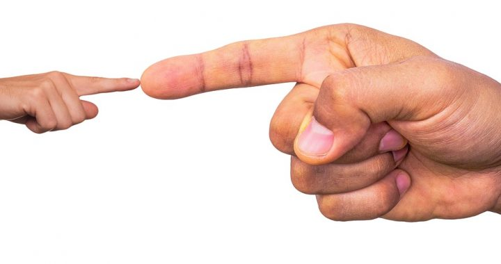 MAUVAISE FOI, ARROGANCE, AGRESSIVITÉ (MF2A) : LA RIPOSTE DES NÉVROSÉS QUI VOUS TROMPENT OU/ET VOUS MENTENT