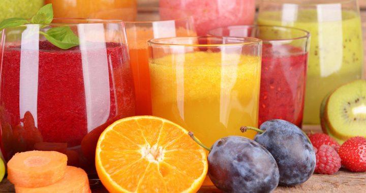 Recettes de jus de fruit et de boissons fraîches pour l'été