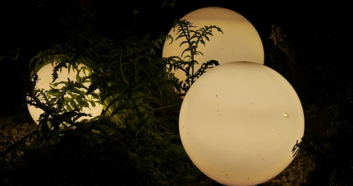 Les luminaires d'extérieur : pourquoi sont-ils incontournables pour le jardin?