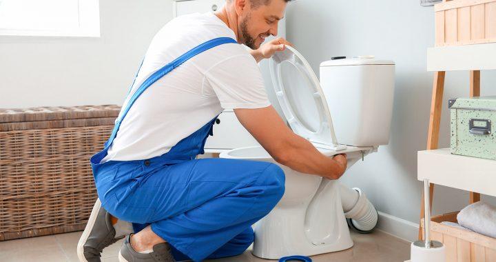 Problèmes de toilette courants : Comment réparer une toilette qui fuit