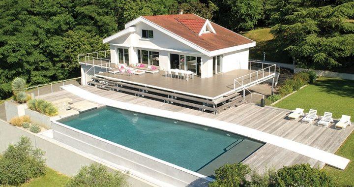 Comment entretenir la piscine moderne de ma maison ?