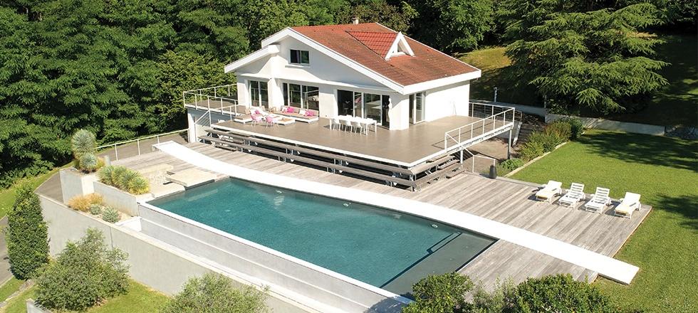 piscine moderne de ma maison