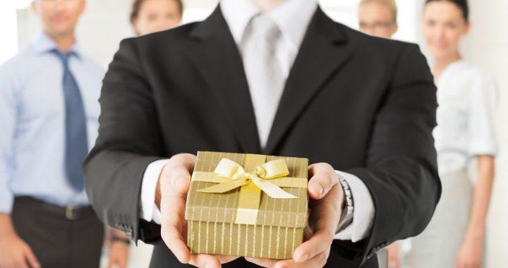 Cadeaux d'entreprise : quels sont les avantages de ces objets publicitaires ?
