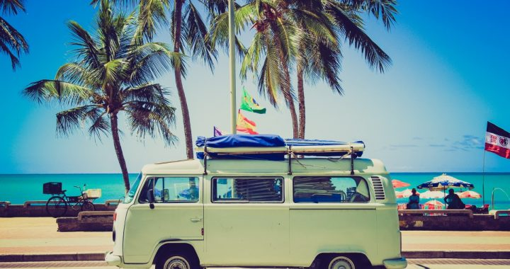 Que choisir entre un camping-car et une caravane ?