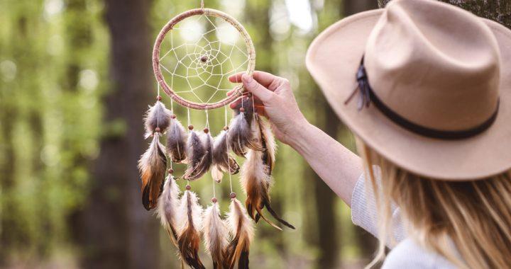 Qu'est-ce qu'un attrape rêve ? Découvrez son histoire, sa légende et ses origines