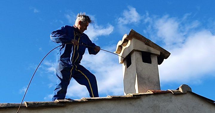 De quels matériels a-t-on besoin pour le ramonage de notre cheminée?