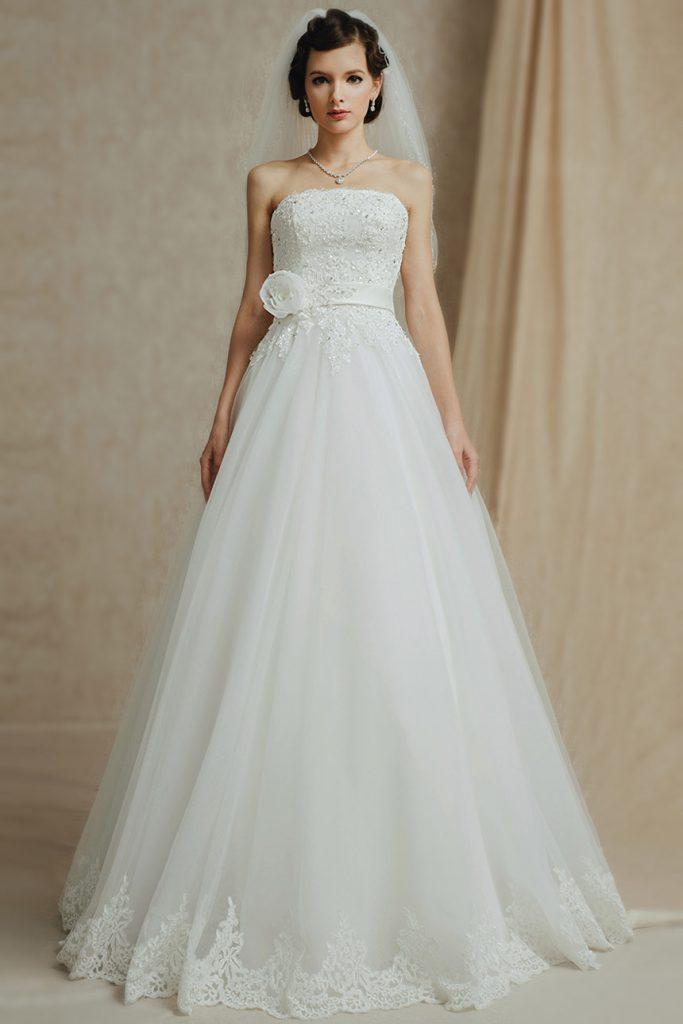 Robe de mariée ligne A sans manche  en tulle