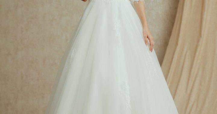 Comment prendre soin de votre robe de mariée pendant le jour du mariage ?