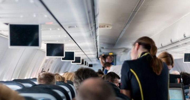 Comment choisir une école de formation hôtesse de l'air?
