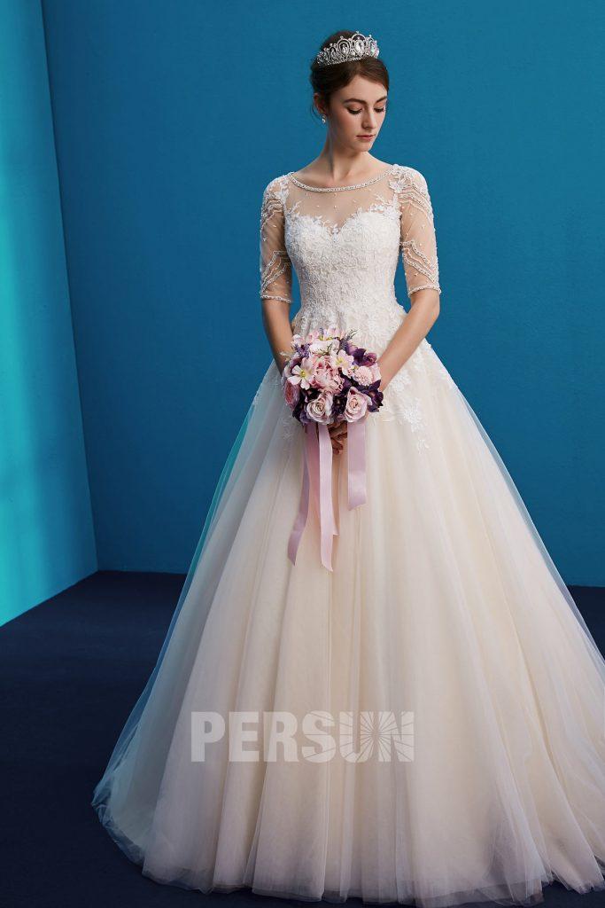 Robe de mariée princesse longue avec petite traîne