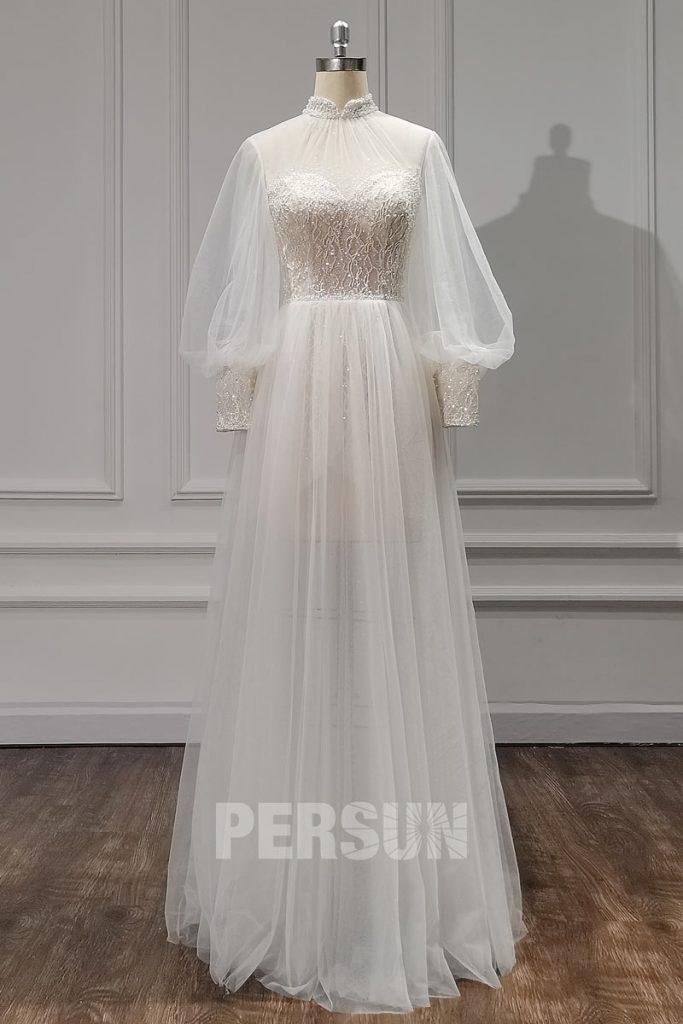 Robe de mariée bohème chic à manche bishop col montant doublure en dentelle rebrodée de perles