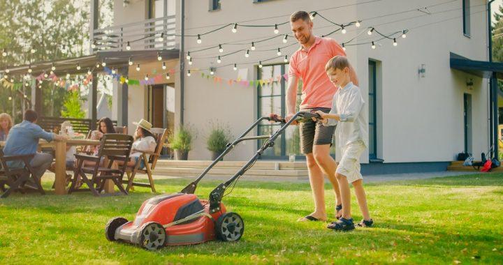Comment tondre le gazon pour avoir une jolie pelouse ?